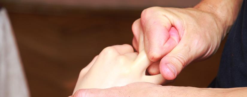 масаж Рук